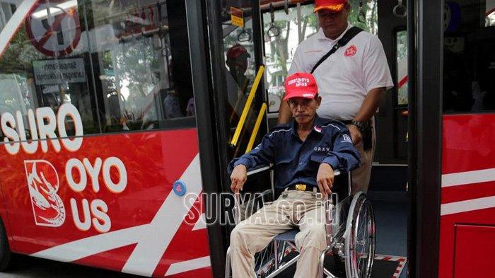 Wali Kota Risma Soft Launching Bus Suroboyo Bersama Warga