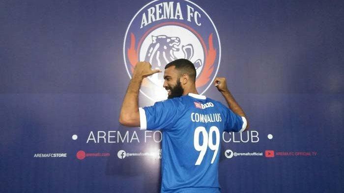 Manajemen Arema FC Ungkap Nilai Kontrak Sylvano Comvalius