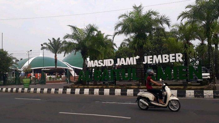2.867 Masjid di Jember Serentak Menggelar Shalat Tarawih, Bupati Adakan Safari Ramadhan