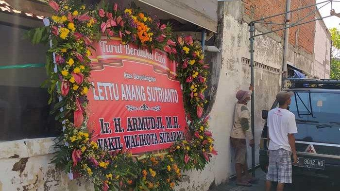 Tangis Pecah Terdengar di Kediaman Lettu Anang Sutrianto yang Gugur di Kapal Selam Nangala 402