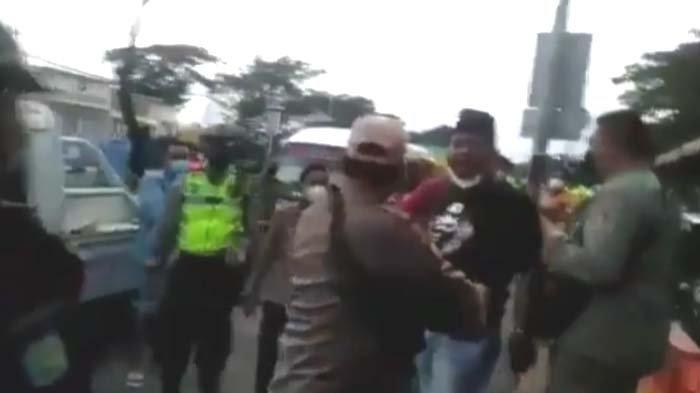 VIDEO VIRAL - Diduga Tolak Tes Swab di Pos Penyekatan Suramadu, Seorang Pria Tantang Seluruh Petugas