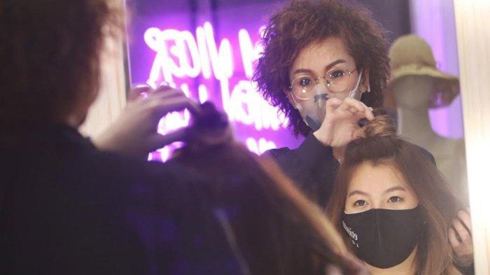 Rambut Tetap Stylish Dengan Messy Bun Meski Tak Bisa ke Salon Karena Pandemi