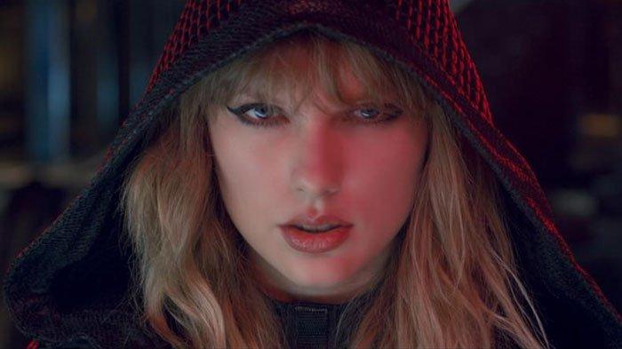 Lirik dan Chord Lagu August - Taylor Swift yang Terdapat pada Album Folklore