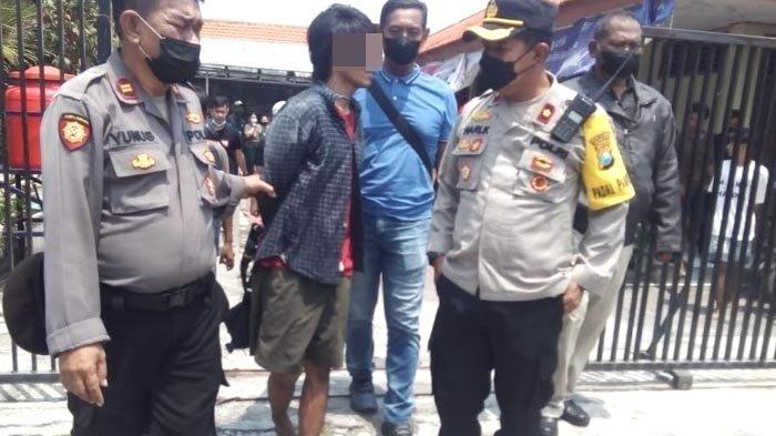 Pura-pura Turun dari Angkot, Pemuda ini Rampas HP Korban yang Duduk di Samping Sopir