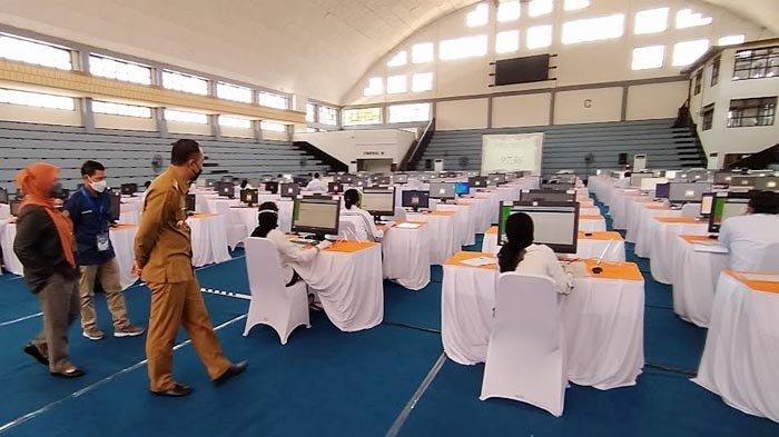Ada Gangguan Koneksi Internet, Sejumlah CPNS di Surabaya Tunda Tes Selama 20 Menit