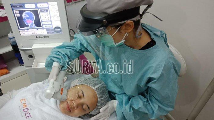 Wajah Terlihat Sempurna Bebas Kerut di Akhir Tahun dengan Treatment HIFU dan Botox