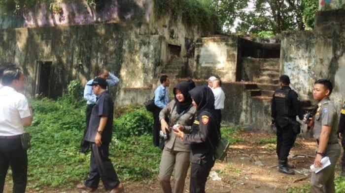 Ditemukan9 Bunker di Kaki Suramadu, Prof Johan Silas Sebut ini Mutiara Wisata Surabaya