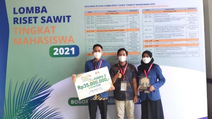 Tiga Mahasiswa ITS Buat Material Baterai dari Kelapa Sawit, Juara Lomba Riset Mahasiswa di Bogor