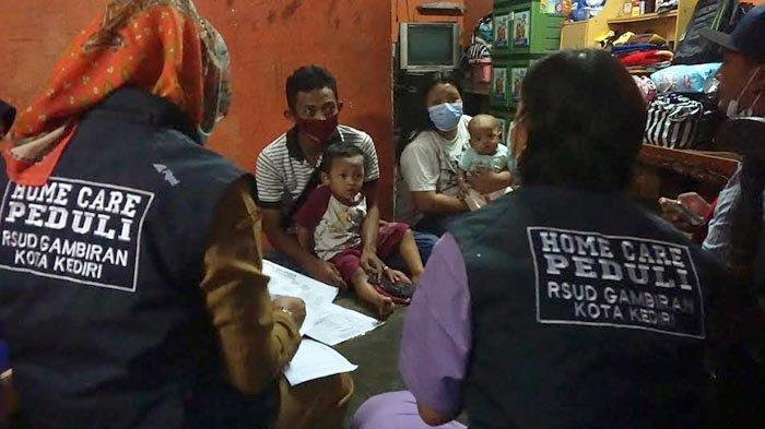 Tim Home Care Peduli Kota Kediri Bantu Merujuk Pasien Bayi ke RSUD dr Soetomo Surabaya