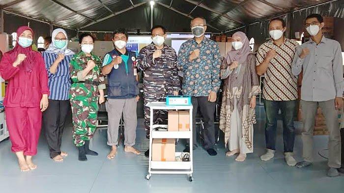 RS Lapangan Indrapura Surabaya Mendapatkan Dukungan Alat Deteksi Covid-19 dari ITS