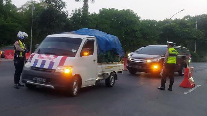 Hari Ketiga Lebaran, Belum Terlihat Kepadatan Arus Balik di Bundaran Waru Menuju Surabaya