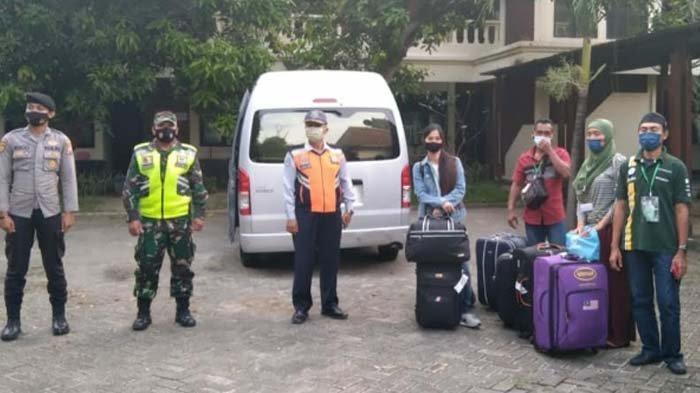 Gelombang Dua Kepulangan TKI Asal Bojonegoro, 13 Orang masih Dikarantina Sebelum Temui Keluarga