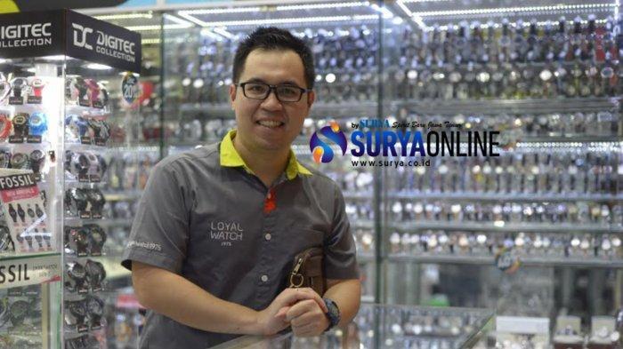 Pemilik Loyal Watch Surabaya, Lucky Chandra, Sebut Banyak Potensi dalam Bisnis Jam Tangan