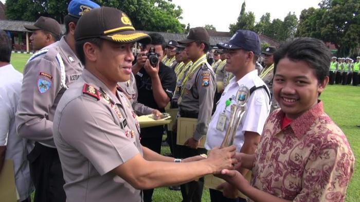 Daftar Kekayaan Kombes Pol Akhmad Yusep Gunawan Kapolrestabes Surabaya yang Baru, Beserta Biodatanya