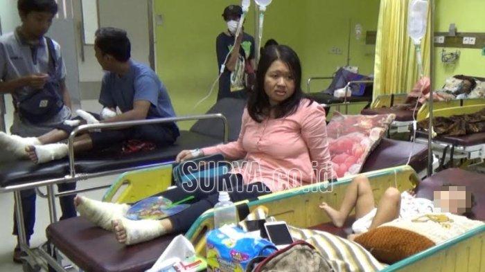 Satu Keluarga Korban Ledakan Gas Elpiji di Warung Bakso Tulungagung Dibawa ke Ruang Operasi