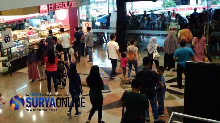 Libur Natal, Tunjungan Plaza Surabaya Ramai Pengunjung
