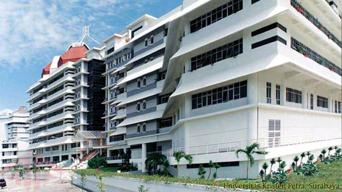 UK Petra Asuh 3 Perguruan Tinggi Surabaya Hingga oktober
