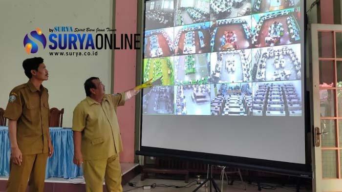 SMKN 2 Surabaya Siapkan 54 Botol Hand Sanitizer untuk Pelaksanaan UNBK 2020, Begini Reaksi Siswa