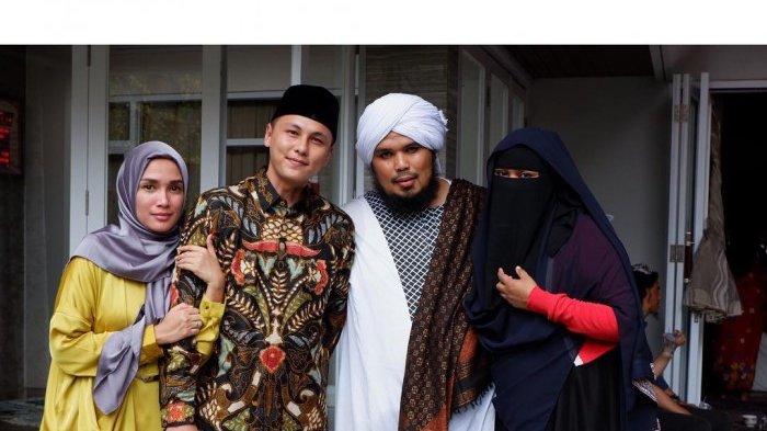 Ussy Sulistiawaty Semakin Cantik Setelah Berhijab, Sudah Mantapkah?