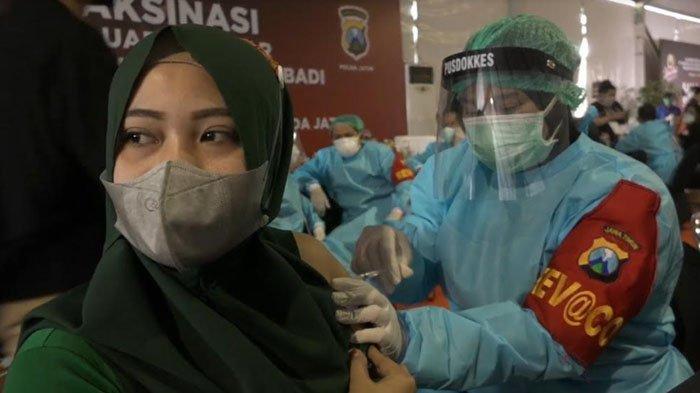 2.000 Ribu Dosis Vaksin untuk Pekerja Pabrik dan Warga Sekitar dari Polda Jatim