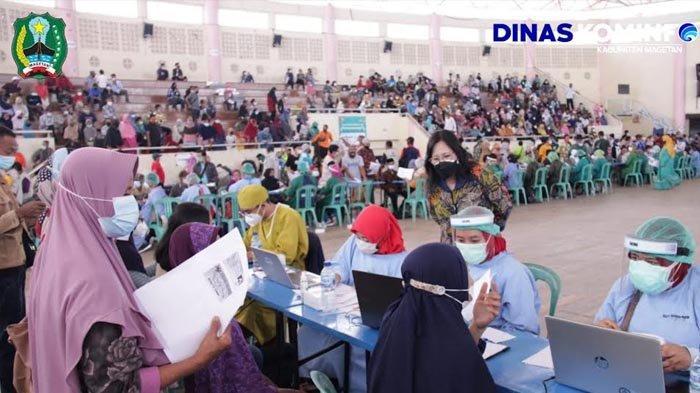 Antusias Masyarakat Magetanb Ikuti Vaksinasi Serentak Bersama Pemkab dan TNI-Polri