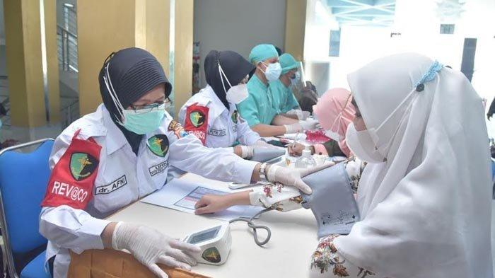 Komitmen Dukung Akselerasi PTM, Kapolres Lamongan Gandeng Umla Gelar Vaksinasi Covid-19