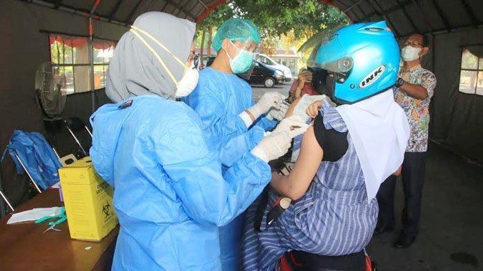 Proses Cepat, Banyuwangi Gelar Vaksinasi Covid-19 Gunakan Sistem Drive Thru