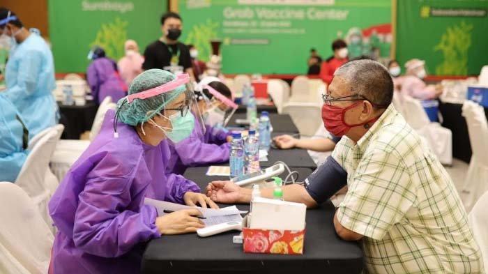 Gandeng Kemenkes dan Dinkes, Grab Hadirkan Pusat Vaksinasi di Surabaya hingga 25 Juni