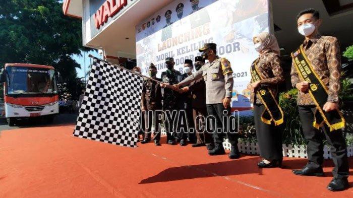 Wali Kota Blitar Launching Mobil Keliling Vaksinasi Covid-19 Door To Door