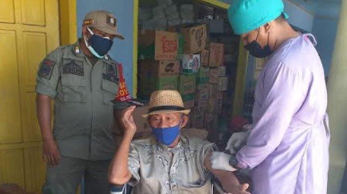 Vaksinasi Dosis 1 untuk Warga Disabilitas di Banyuwangi Sudah 100 Persen, Rekor Tertinggi di Jatim