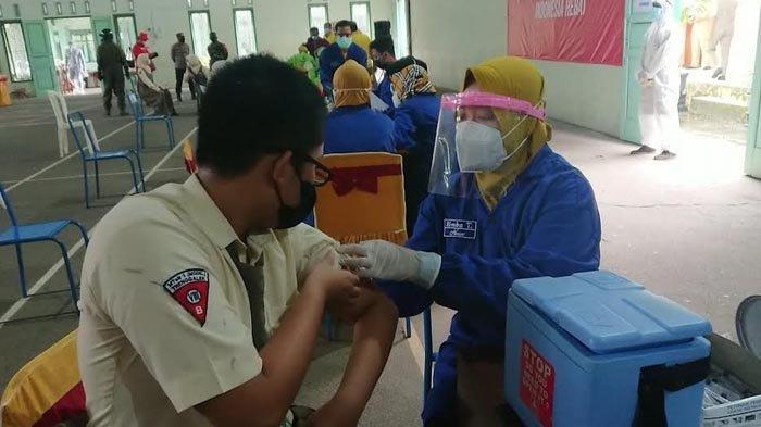Hari Ini, Siswa Madrasah dan Santri di Trenggalek Mulai Jalani Vaksinasi Covid-19