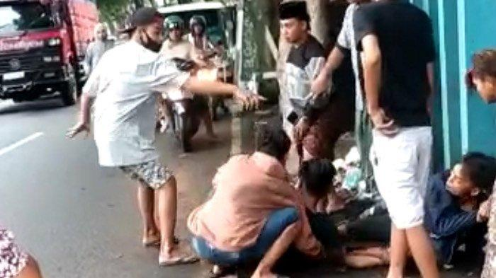 VIRAL Video Aksi Penusukan di Lumajang, Polisi Beber Kronologinya