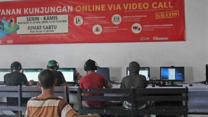 Napi Rutan Medaeng Surabaya Manfaatkan Layanan Video Call untuk Melepas Rindu dengan Keluarga