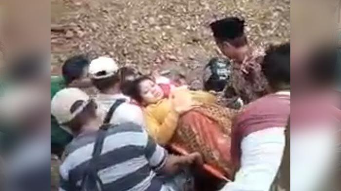 Viral Video Ibu Hamil Hendak Melahirkan Ditandu Warga, Kejadian di Jember, Ini Kisah yang Terungkap