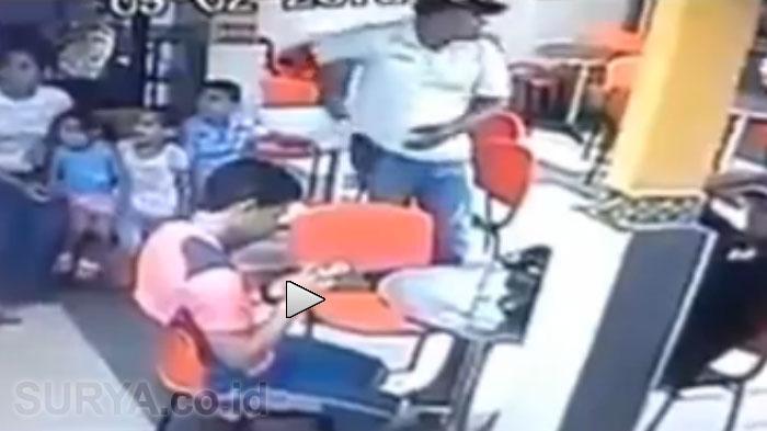 VIDEO - Penjahat Tembak Mati Polisi di Depan Istri dan 3 Anaknya