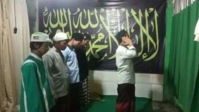 EFEK VIRAL Video Ajakan Jihad di Azan sambil Acungkan Senjata, DPR hingga PP Muhammadiyah Bereaksi