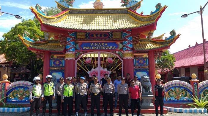 Polres Pamekasan Jaga Ketat Perayaan Imlek 2020 di Vihara Avalokitesvara Buddhist Temple