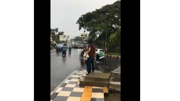 Fakta Baru Video Pria Putuskan Pacar Lewat Baliho yang Viral di Whatsapp & Medsos, Ada Kejanggalan