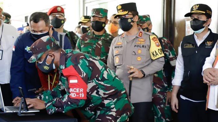 Dampingi Panglima TNI, Wagub Emil Pastikan Tracing Covid-19 di Jatim Berjalan Lancar dan Terukur