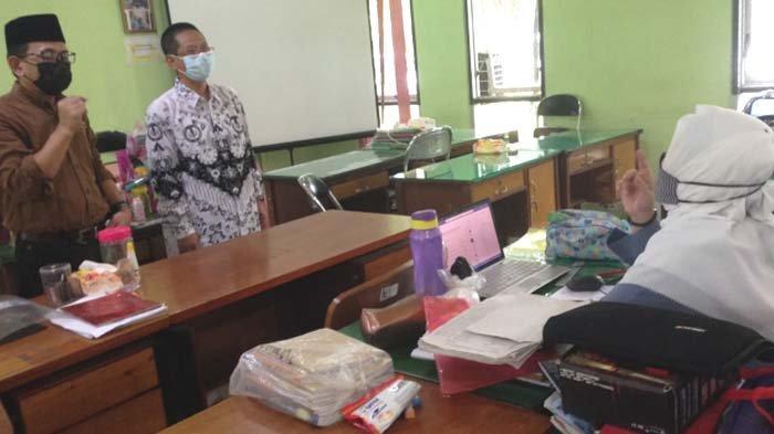 DPRD Dorong Sekolah Kembangkan Variasi Daring, AH Thony: Pembelajaran Tatap Muka Tunggu Vaksinasi