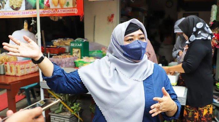 Wakil Ketua DPRD Surabaya Laila Mufidah Dicurhati Masalah 'Pedagang Gelap' Kampung Kue