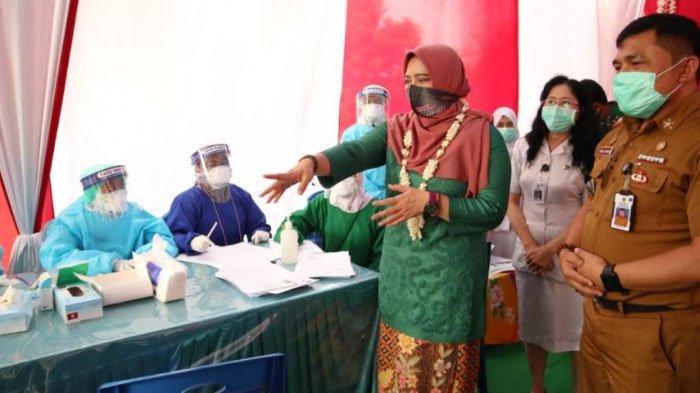 DPR Desak Kementerian Kesehatan Cairkan Insentif Nakes Secepatnya