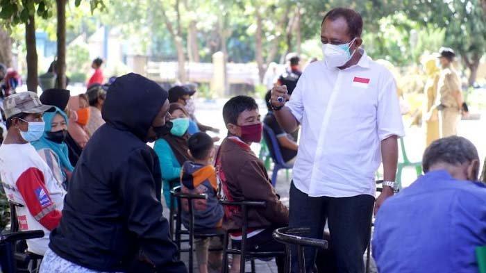 Puluhan Ribu Warga Surabaya Terima Bantuan Tunai Rp 200.000 dari Pemkot