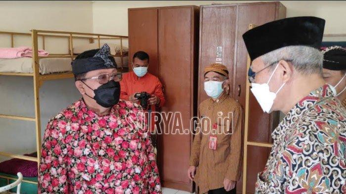Resmikan Tempat Isolasi Terpusat, Wali Kota Blitar Santoso : Upaya Menekan Kasus Covid-19