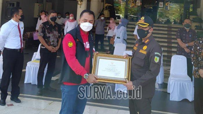 Pemkot Surabaya Gelontorkan Dana BTT Rp 15 Miliar untuk Penanganan Covid-19