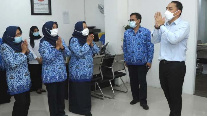 Hari Pertama Kerja, Cak Eri Keliling Kantor OPD Pemkot Surabaya: Saya Harap Kita semakin Giat