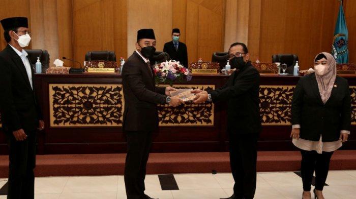 Dapat Dukungan DPRD Surabaya, Eri Cahyadi Optimistis APBD 2022 Senilai 10 Triliun Selesai Sebulan