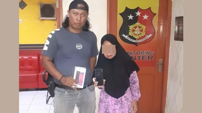 Seorang Wanita Asal Sidayu Gresik Ingin Miliki Smartphone Canggih Mencuri di Pasar