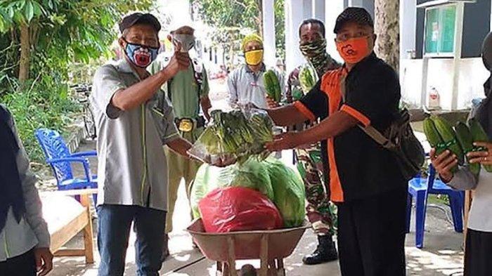 Warga Terdampak Isolasi Mandiri di Kota Kediri Dapat Bantuan Sayuran dan Sembako