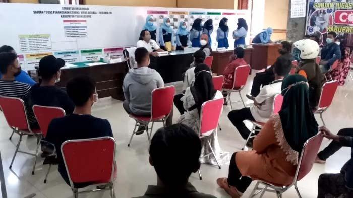 Gara-gara Resepsi Anaknya Dilarang, Seorang Ibu di Tulungagung Menangis Tahu 3 Hajatan Digelar Warga